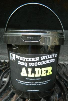 1 Litre Tub of Alder Western Willy's BBQ Woodchips
